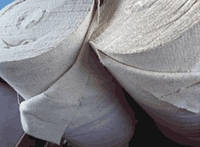 Полотно нетканое холстопрошивное х\б, ширина 150 см плотность 180 г\м.кв.