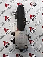Клапан D45110055 б/у на комбайн Massey Ferguson