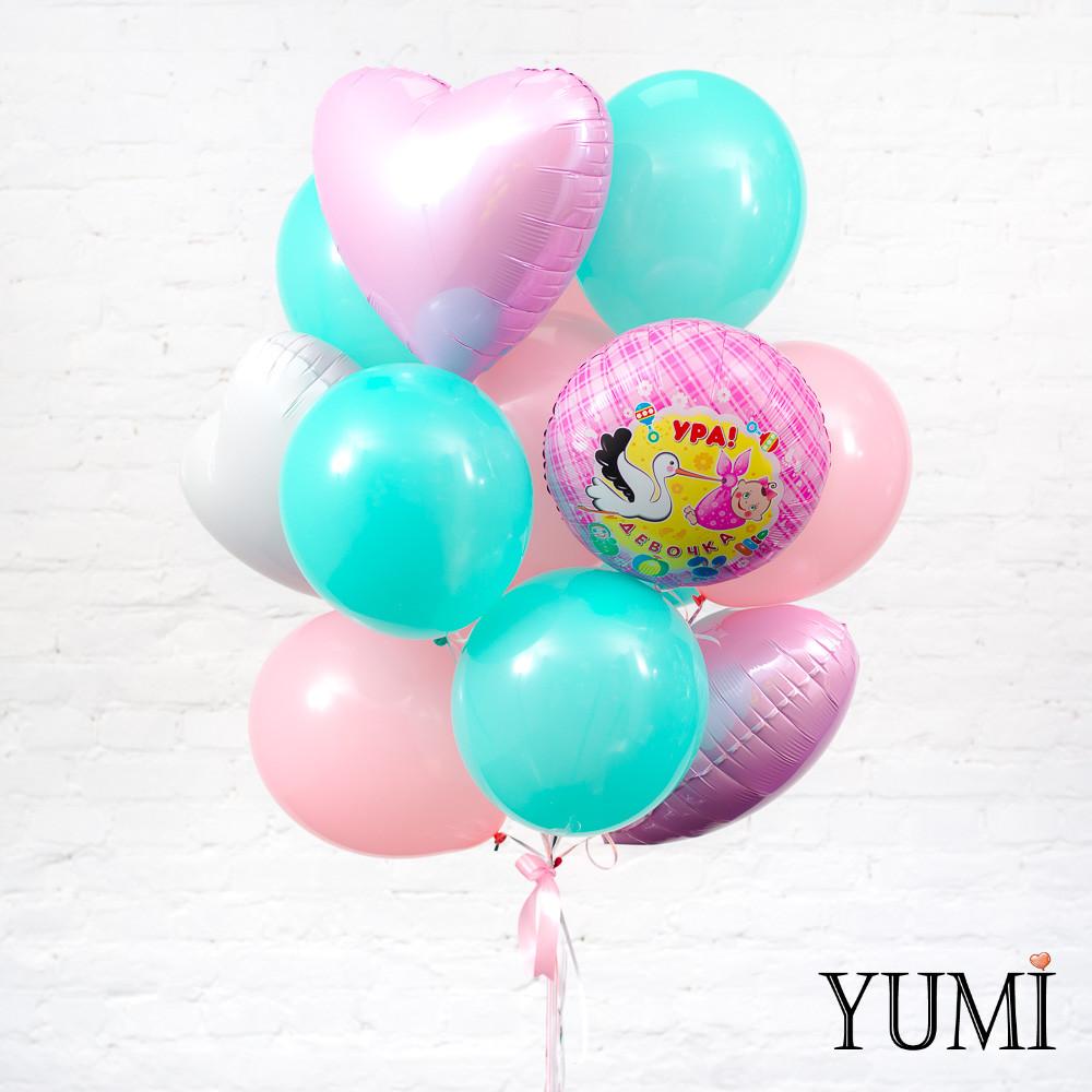 Стильная связка из воздушных шаров на выписку для девочки