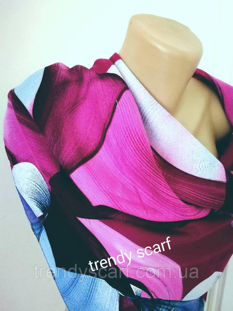 Шертяной женский теплый платок Розовый голубой белый красный синий  цветочный принт  95/95