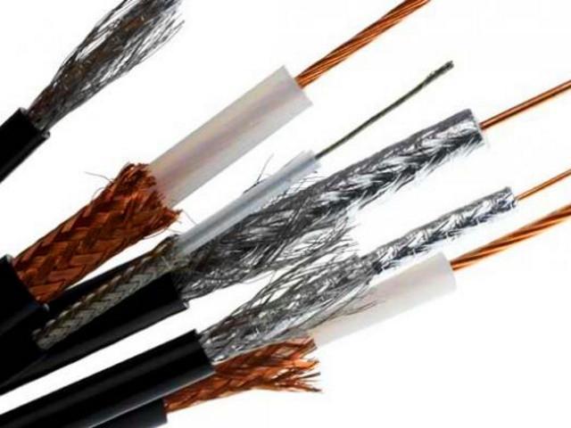 Провода и кабели для интернет, ТВ