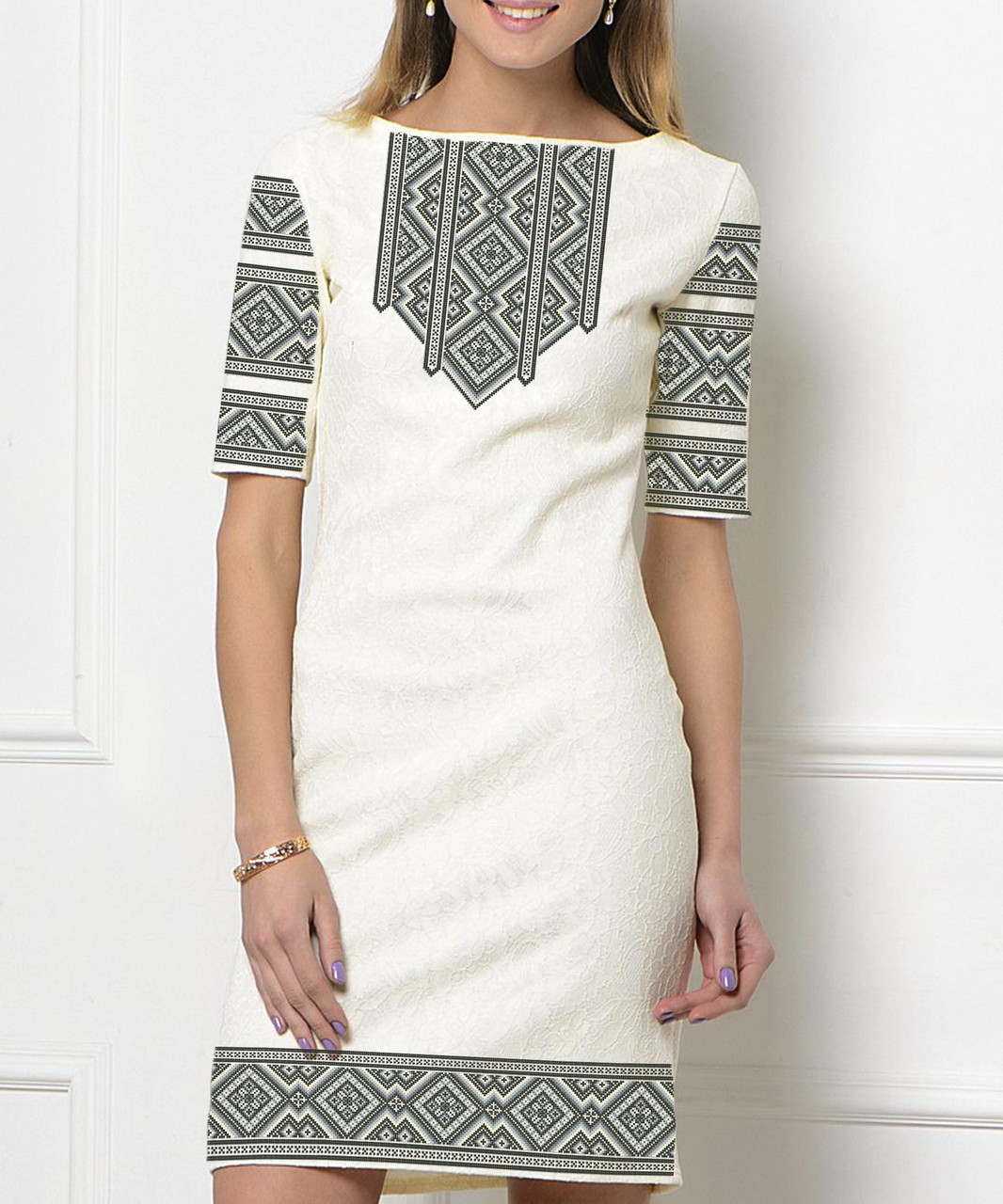 f74c099adaaf8b Заготовка жіночого плаття чи сукні для вишивки та вишивання бісером Бисерок  «Монохром 76» (П-76 )