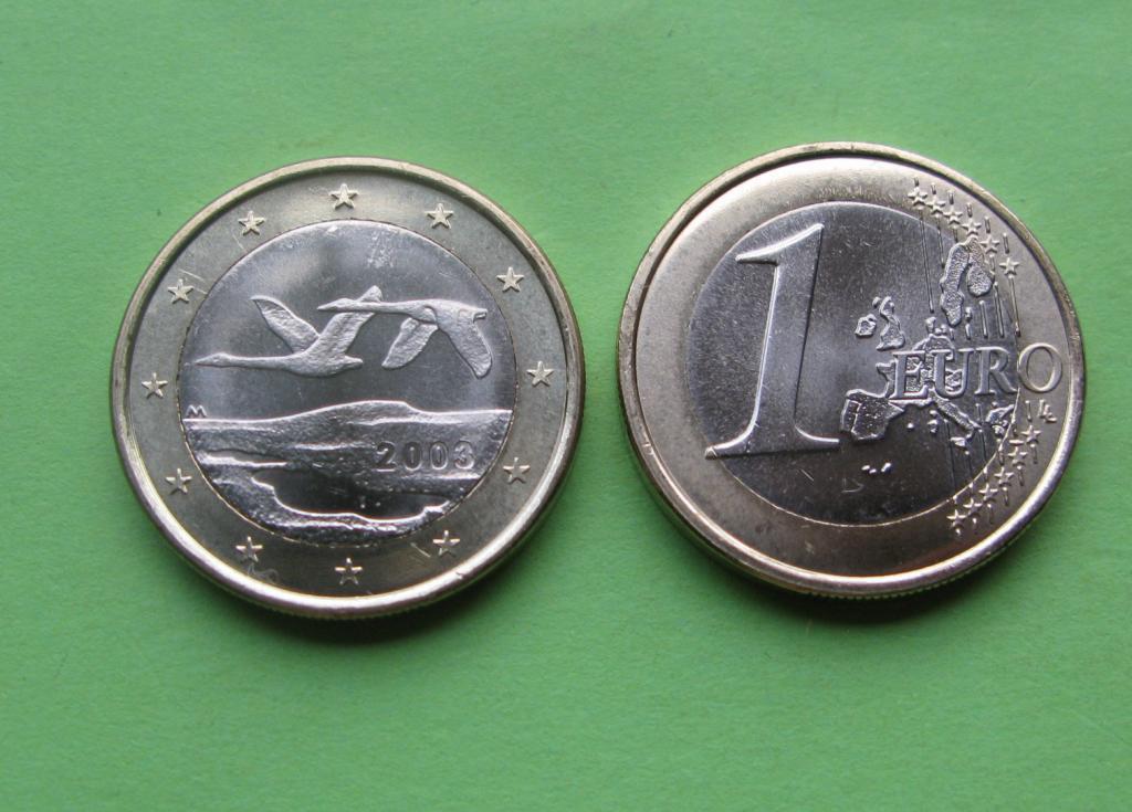 Финляндия 1 евро 2003 г.( есть также 2000) UNC.