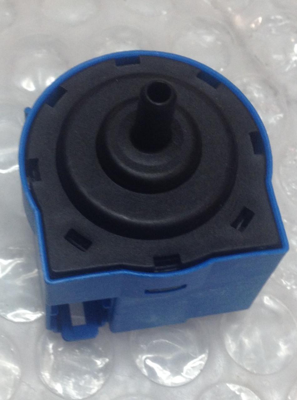 Пресостат Electrolux (Электролюкс) 3792216032 для стиральной машины, не оригинал