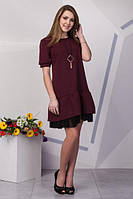 Эффектное бордовое платье с декором из фатина