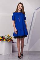 Модное платье расширенного пошива с воланом