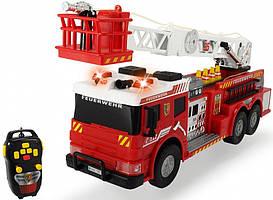 Пожарная машин на дистанционном управлении Dickie Toys со звуком и светом 62 см (371 9001)