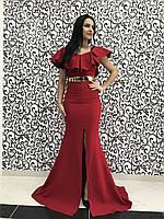 Женское вечернее красное платье с глубоким разрезом