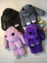 Сумка-рюкзак в виде мехового зайчика сиреневого цвета, фото 3