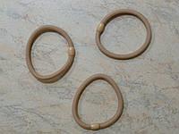 Резинка для волос жгут с пластиковой бусиной диаметр 6 см бежевый