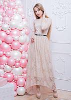 Гипюровое коктейльное платье с поясом в стразы
