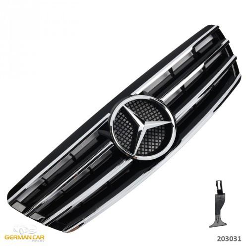Решетка радиатора Mercedes W203 в стиле AMG (черный глянц + хром полоски)