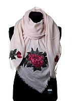 Розовый шарфик c цветами от Bruno Rossi