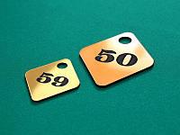 Гардеробный пластиковый номерок 40х50 мм, односторонний (Кольцо: Без кольца для ключей;  Цвет: Белый/черный;), фото 1