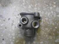 Крышка термостата 406 двигатель в сборе