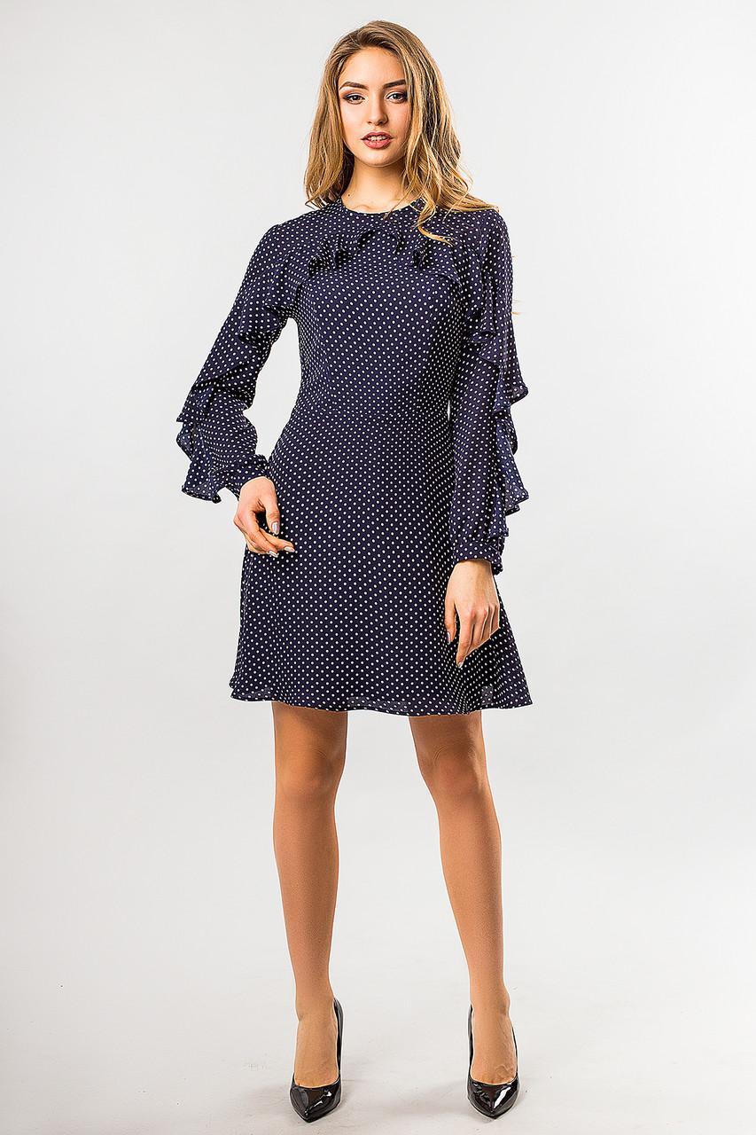 52cfa2b7bca99b8 Легкое шифоновое платье в горошек темно-синего цвета с воланами -
