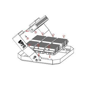 у модульного светодиодного прожектора Maxus Combee Flood 120 W очень просто демонтируются светодиодные модули