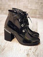 Лаковые модные ботинки