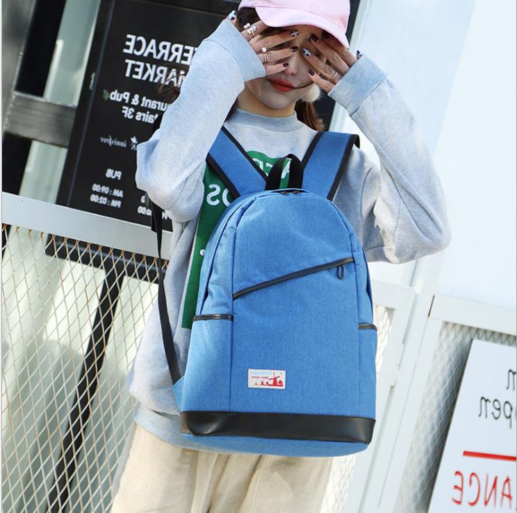 Рюкзак женский с замочком наискось спереди Голубой
