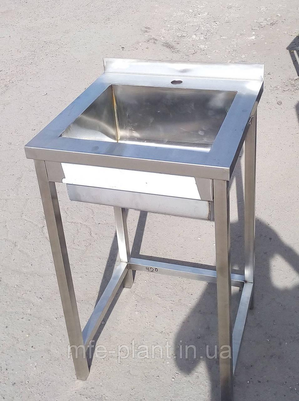 Мойка 1-секционная из нержавейки 700х600х850 (гл.300мм)