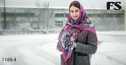 Розовый павлопосадский шерстяной платок Василиса, фото 3