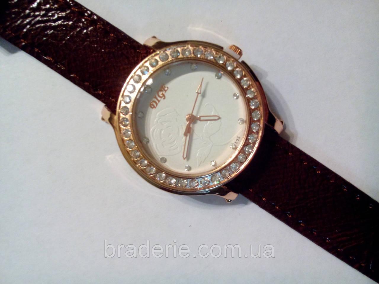 Часы наручные Dige 553