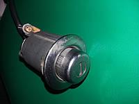 Кнопка открытия крышки багажника (задней двери) Mazda 626 GF 1997-1999г.в. 5дв