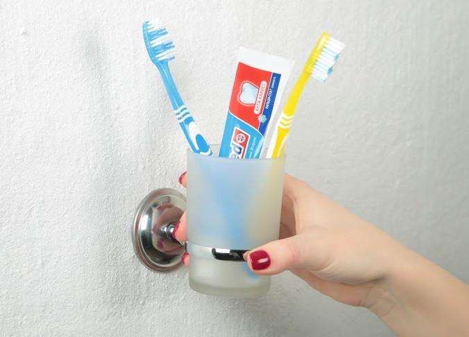 Стакан-подставка под зубные щетки