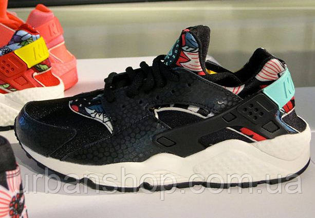 Кросівки Nike Air Huarache Black Floral р. -40