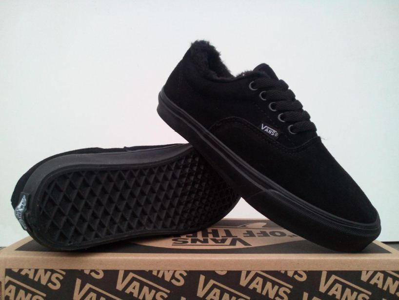 Зимние кеды VANS  All Black Suede  р.36-44