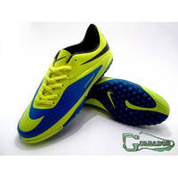 Сороконожки найк гипервеном,Nike Hypervenom Phelon