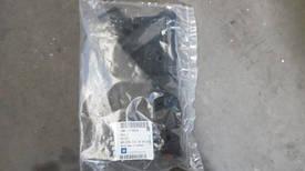 Направляющая переднего бампера правая GM 22798556 OPEL Insignia