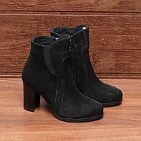 Женские ботинки (8064.2) 36, 37, 38, 39, 40 - демисезонные замшевые черные на высоком каблуке