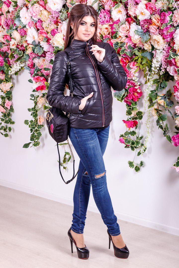 fd8fc11406af Женская демисезонная куртка Moncler - Интернет-магазин