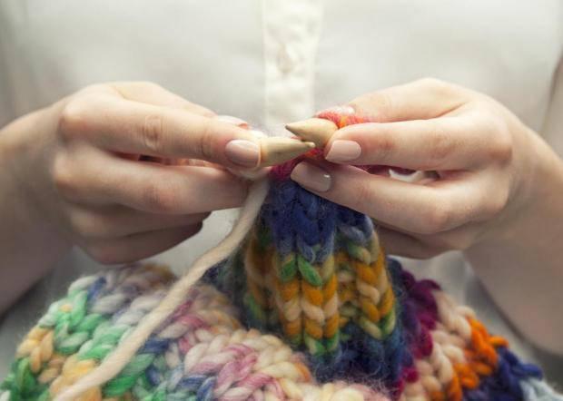 Спицы, крючки для вязания