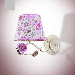 Бра флористика на одну лампу с розами и цветочным абажуром 19210