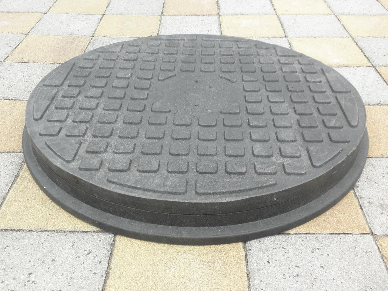 Люк канализационный полимерпесчанный пешеходный черный