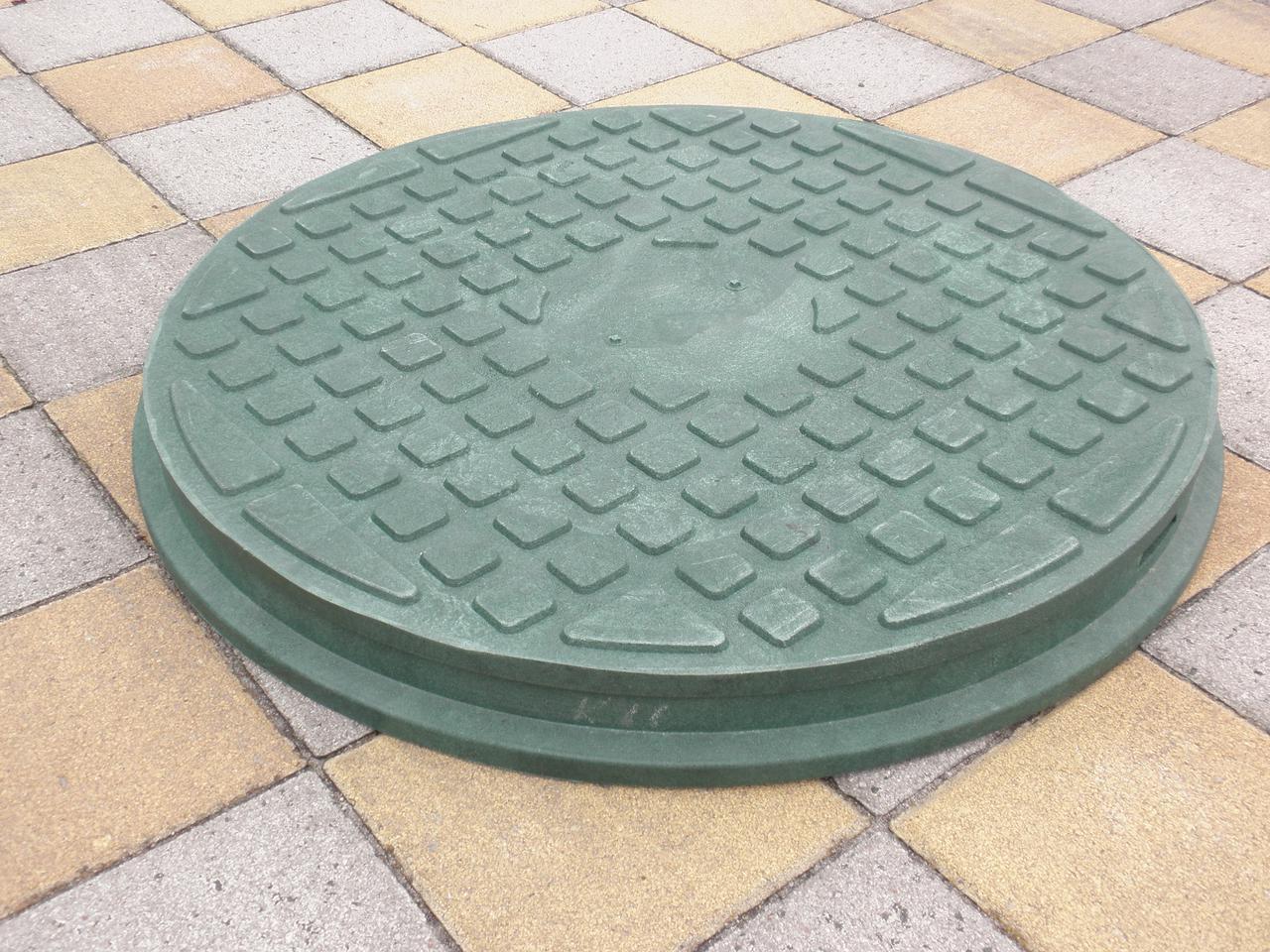 Люк канализационный полимерпесчанный пешеходный зеленый