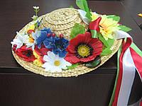 Капелюшок з квітками