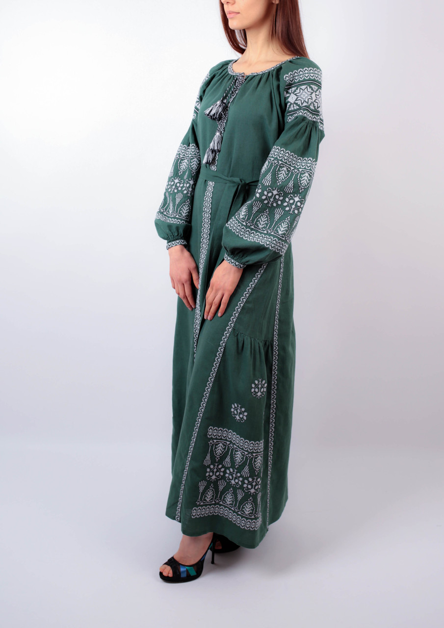 Вишите лляне довге зелене плаття з машинною вишивкою 63ebad7a4d24a