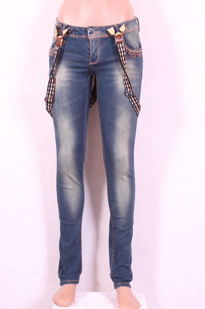 Женские джинсы  с подтяжками