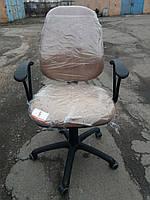 Кресло офисное б/у. Цвет: бежевый/коффе