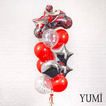 Связка из фигуры красный мотоциклист, 4 серебряных фигур, 6 красных и 2 прозрачных шаров с серебряным конфетти, фото 2