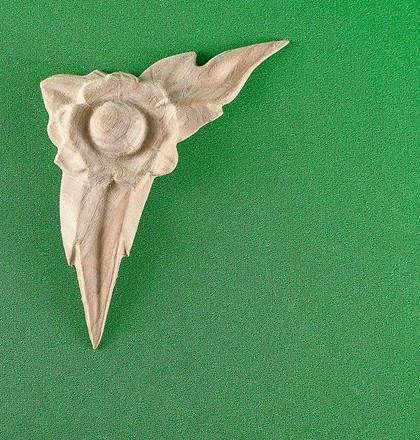 Код ДУ14. Дерев'яний різьблений декор для меблів. Декор кутовий