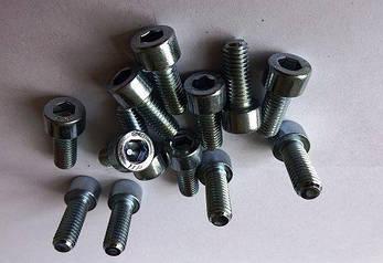 Винт М24 DIN 912, ISО 21269 с мелким шагом резьбы под внутренний шестигранник, фото 2