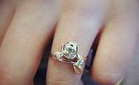 Серебряное кольцо РОЗА  925 пробы с цирконами с вставками золота