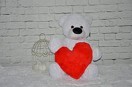 Мягкая игрушка Мишка белого цвета с сердцем красного цвета 70 см