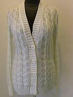 Кофта женская вязанная зимняя пиджачного типа на пуговицах без карманов, белого цвета, р.48-50 код 4205М