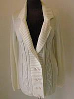 Кофта женская пиджачного типа на пуговицах без карманов, с лацканами, белого цвета, р.46-48 код 4197М
