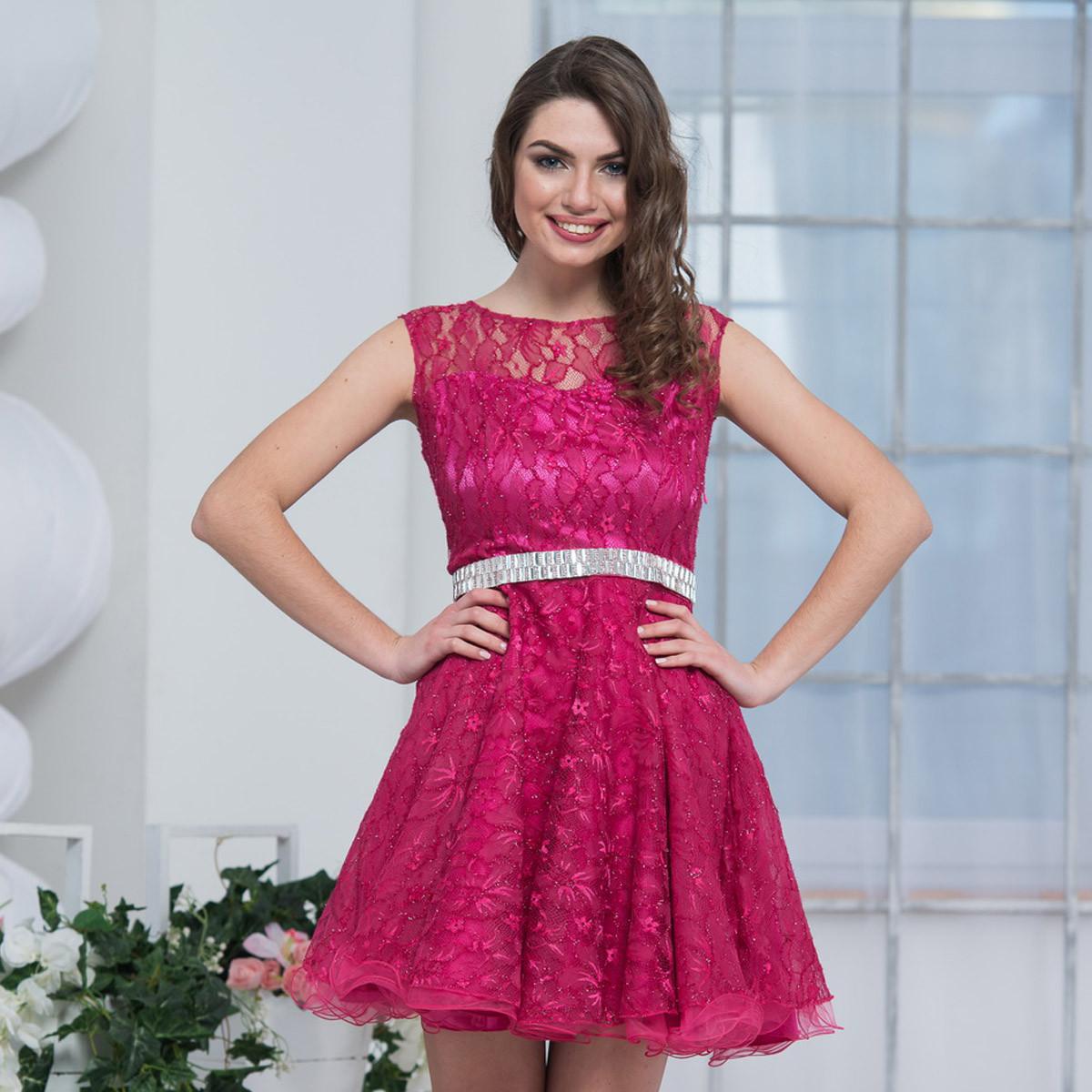 cb6fb54f9bf4aeb Короткое пышное вечернее платье из гипюра